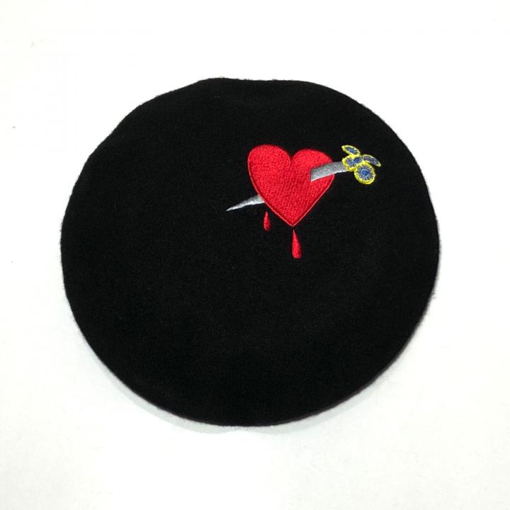 DAGGER – HEART – BERET HATの商品画像1