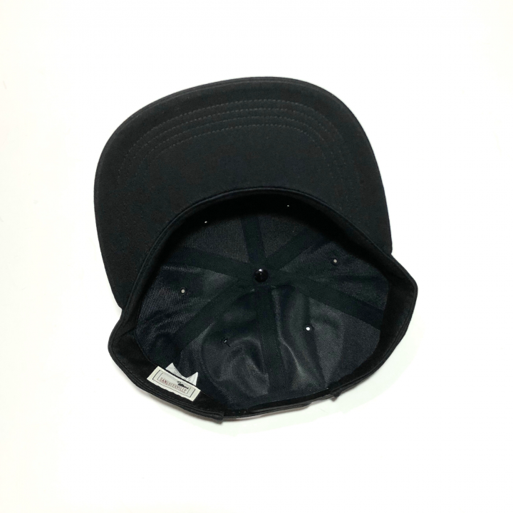 KISSING – CAP / BLACKの商品画像5